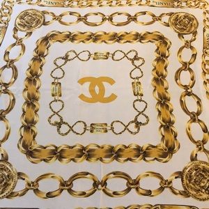 Chanel Vintage Gold Chain Print Scarf